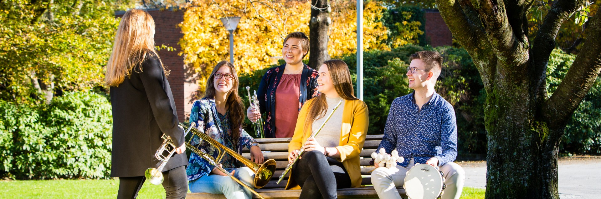 Studenter på campus Bjergsted. Foto: Marius Vervik, 2018
