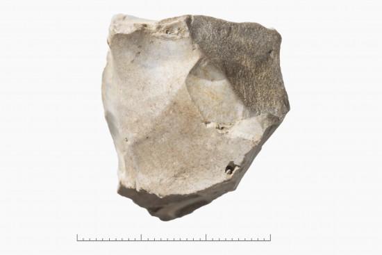 Uregelmessig kjerne av flint. Fra steinalder. Foto: Annette Øvrelid, Arkeologisk museum, UiS