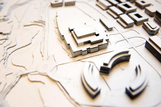 Arkitektmodell av hus og uteområder