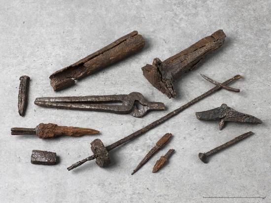 Redskaper funnet i graven til Vestlysmeden