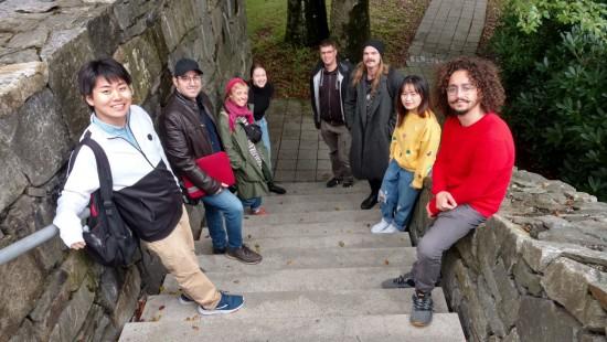 Internasjonale studenter på Musikkproduksjon og opptaksteknikk høsten 2020. Foto: Mark Drews