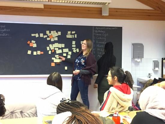 Maria Martinsson leading a class workshop.