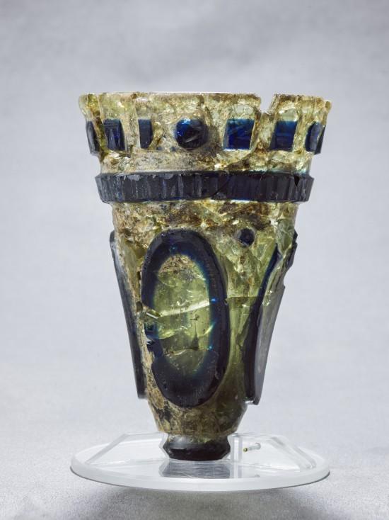 Bilde av Tu-begeret. Glassbeger fra romertid.