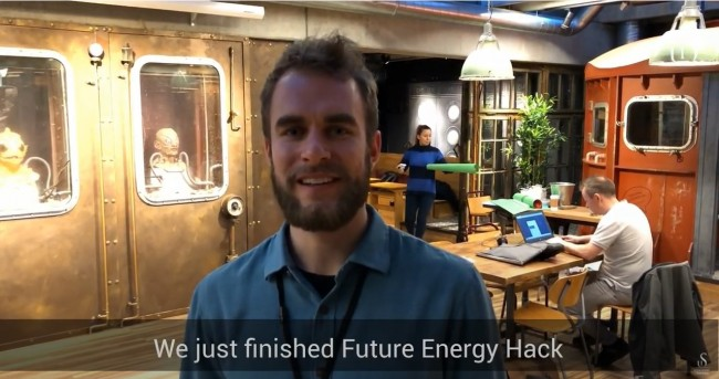 Skjermbilde fra video fra Future Energy Hack.